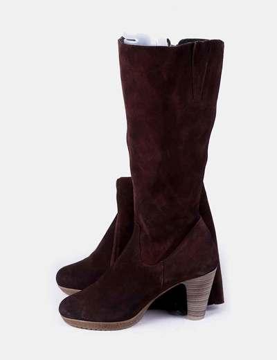 Botas altas marrón con tacón