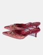 Zapato teja y rojo con abalorios de puntera Rebeca Sanver