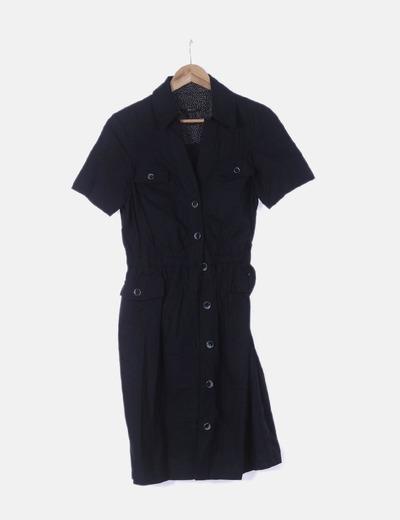 Vestido negro de botones