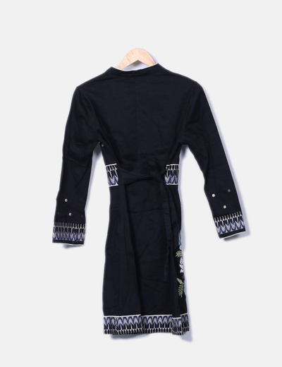 Vestido midi bordado