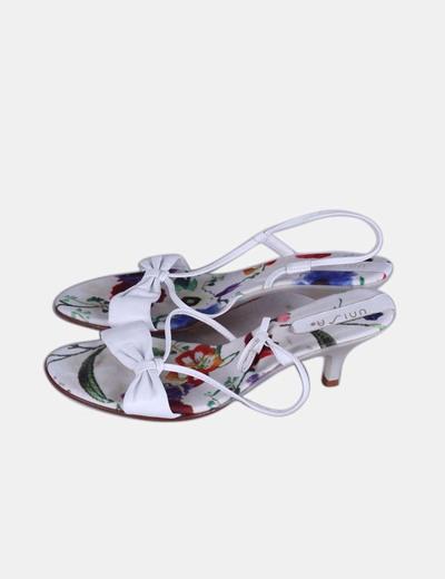 Sandales blanches à lanières de modèle floral Unisa