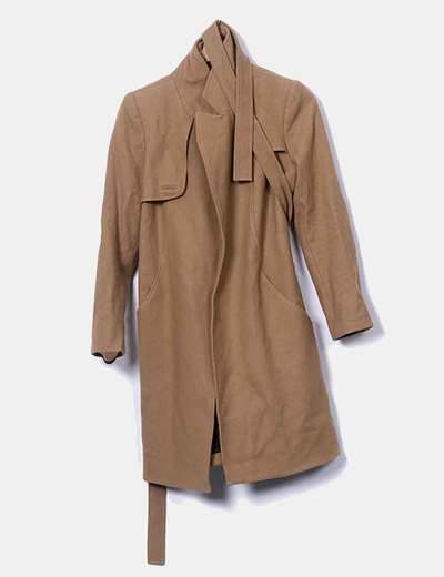 Long brown coat with belt Amaya Arzuaga