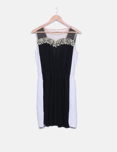 Vestido bicolor con malla y flores NoName