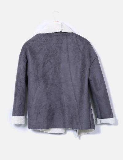 Abrigo gris marengo con borreguito