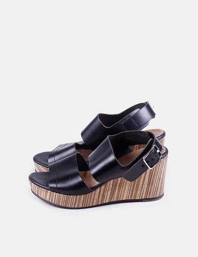 Chaussures à scratch aïta