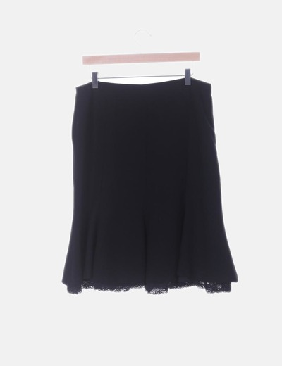 Falda negro con volante