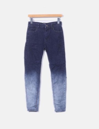 Jeans degradados tachas