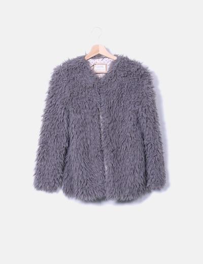 Chaqueta de pelo gris Zara