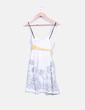 Vestido blanco con bordado floral Fórmula Joven