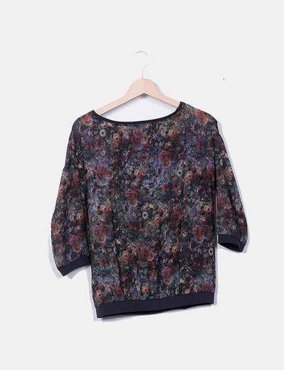 Blusa semitransparente floral