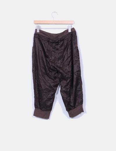 Pantalon bombacho de raso marron