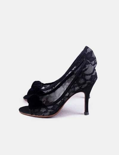 Zapato negro encaje
