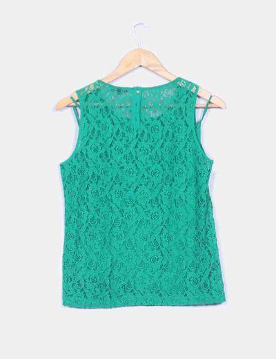 Blusa verde encaje plisada en la parte delantera