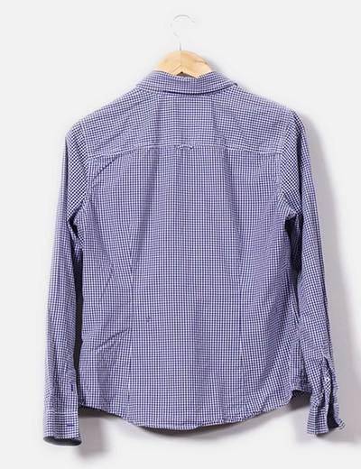 Camisa de cuadritos azul marino y blanco