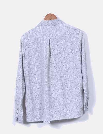 Blusa blanca y negra de rayas
