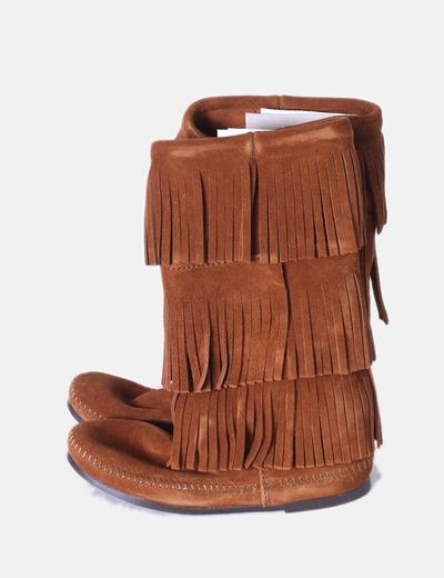 Botas de ante camel 3 layer con flecos Minnetonka