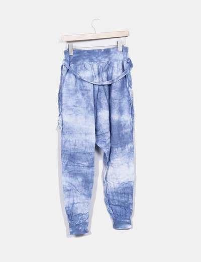 Pantalon baggy azul efecto degastado