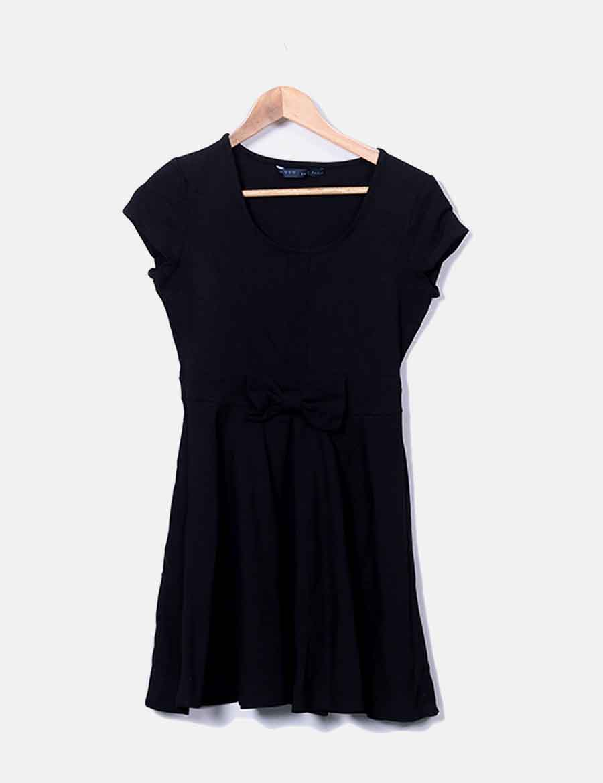 fe91a198e5 lazo baratos Vestido detalle evasé Zara Vestidos online negro qvttSwYH ...