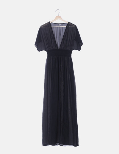 Maxi vestido semitransparente negro con aberturas