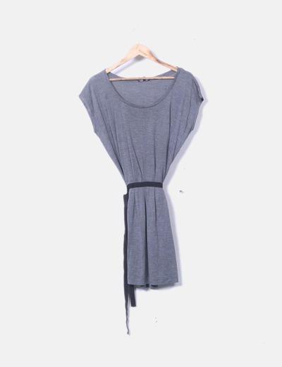 Vestido gris lazo negro