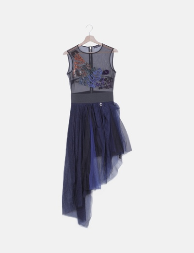 Vestido de tul asimétrico con paillettes