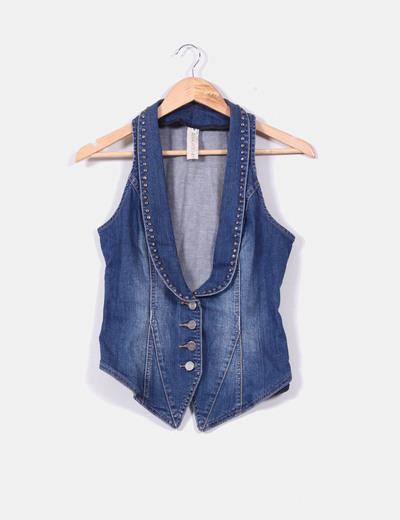 sconto Gilet Jeans 74 Borchie Asimmetrico Da Bershka Micolet Con dpYgwFqq