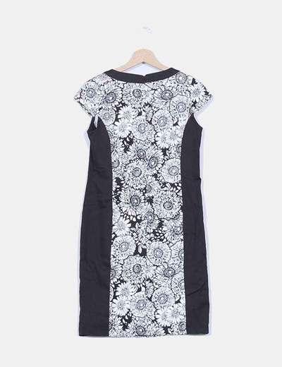 Vestido entallado negro floral