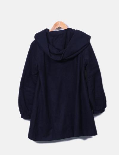 Abrigo estilo capa azul marino