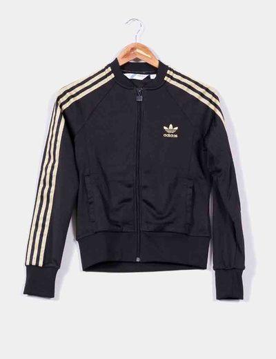 adidas negra chaqueta
