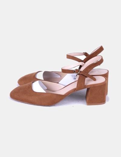 Chaussures marron en daim bout rond Mango