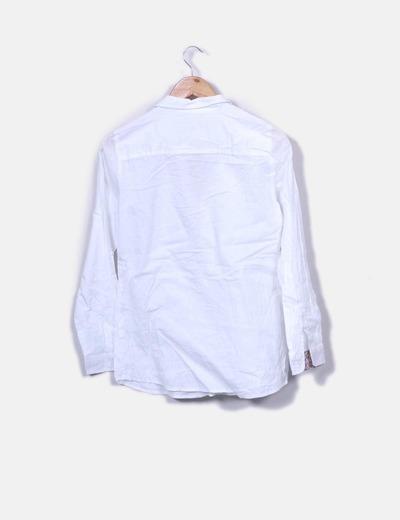 Blusa blanca texturizada