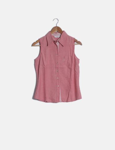 Camisa roja sin mangas
