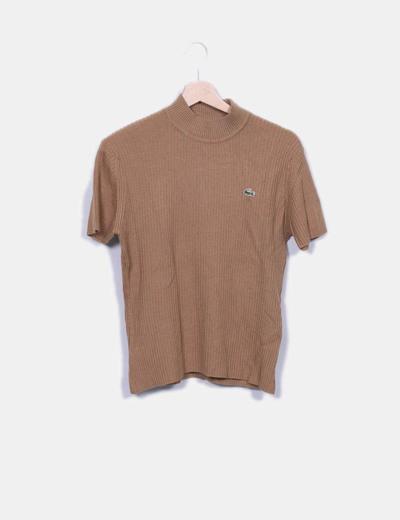 Top marrón canalé Lacoste