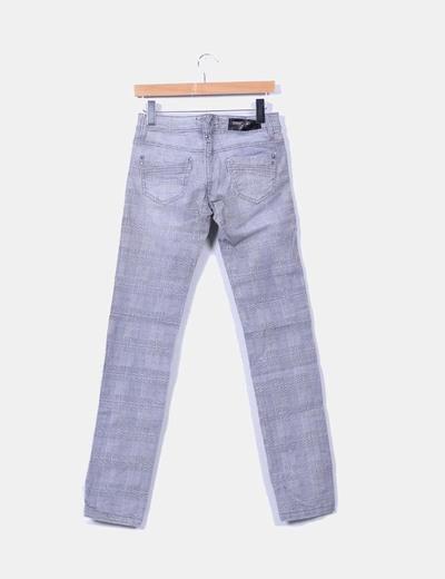 Jeans denim gris de cuadros