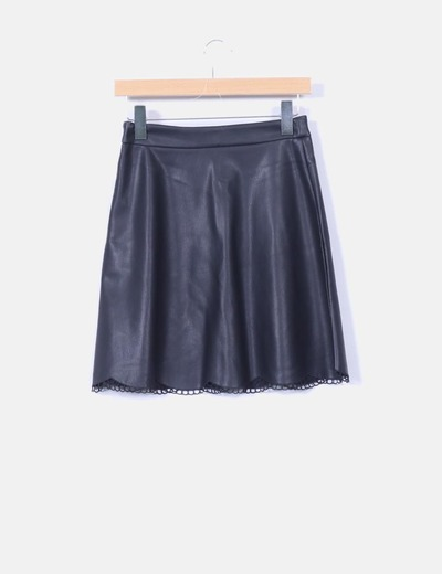 Falda polipiel negro