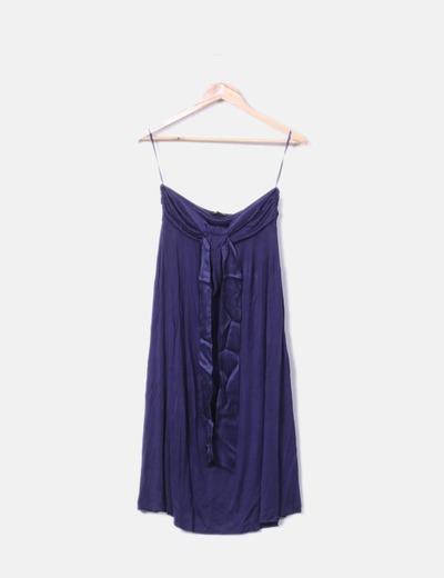 Dunkelblaues tragerloses kleid