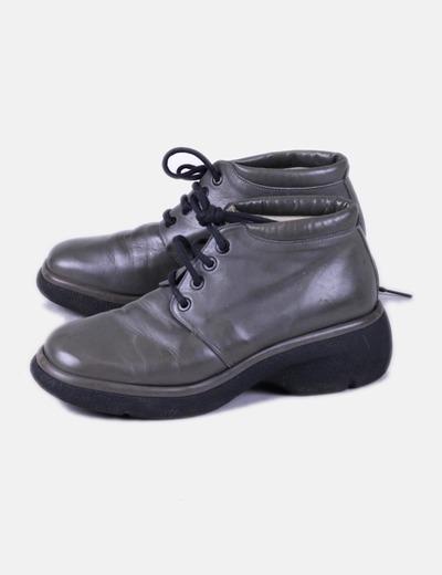 Zapato plano gris punta cuadrada Doralatina
