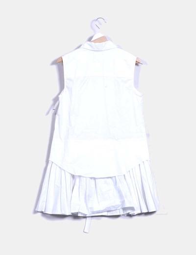 Vestido camisero blanco con volantes