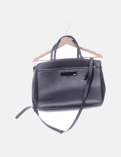 Bolso de hombro negro texturizado combinado