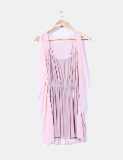 Vestido de tablas rosa mangas mariposa Bershka