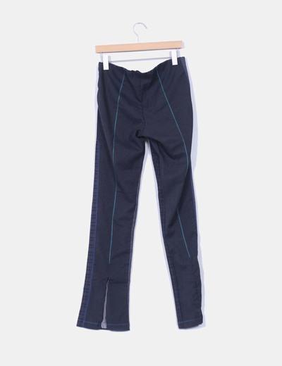 Pantalon gris pata de gallo customizado