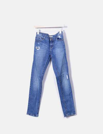 Pantalon pitillo denim con rotos