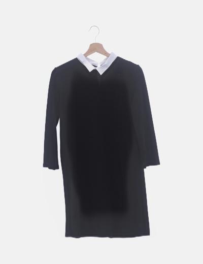 Vestido negro solapas blancas