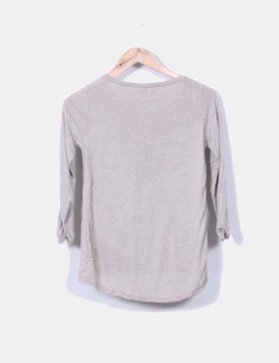 Camiseta beige estampada manga larga