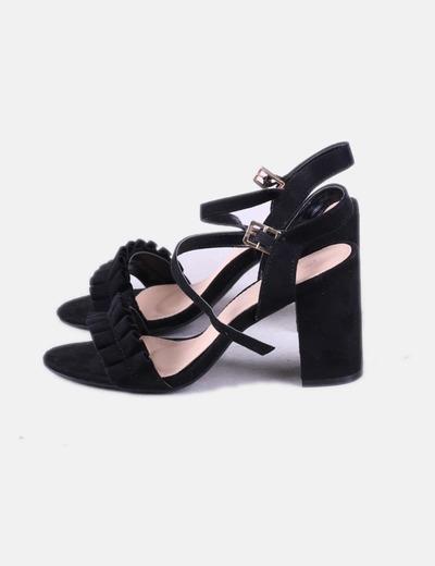 Sandálias pretas Belles