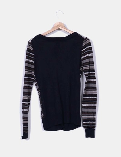 Tricot negro con bordado etnico