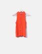 Camiseta naranja con motas cuello mao Vero Moda