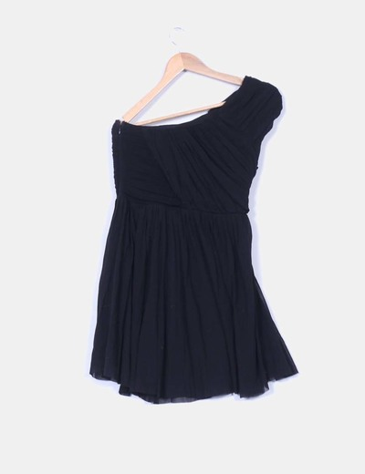 Vestido negro de tul