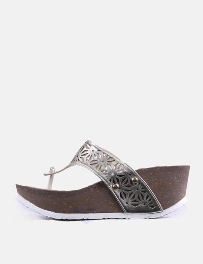 Sandales dorées avec trous Refresh