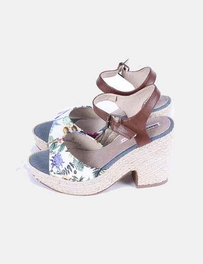 Chaussures à talons raphia imprimé floral Chika10